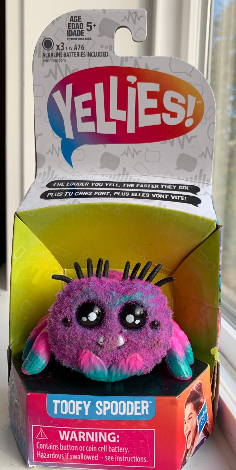 yellies spider toy